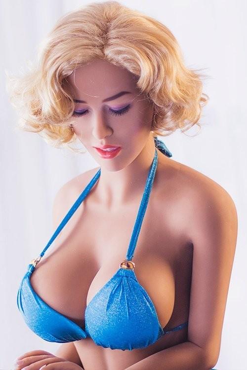 Cornelia163CM 5FT3 Blonde Middle Breast Closed Eyes Sex Dolls