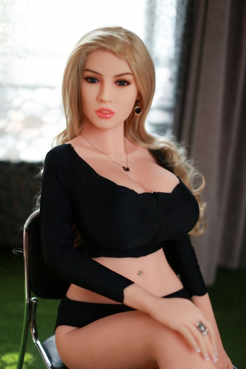 Lydia165CM 5FT4 D Cup Blonde Hair Latina Sex Doll